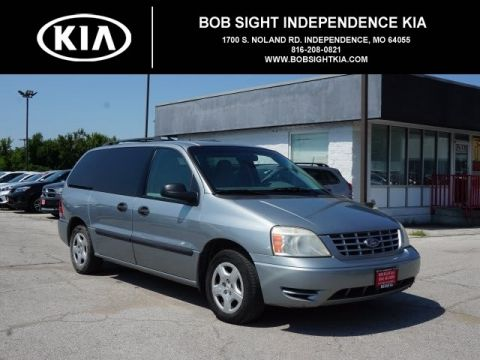 Pre-Owned 2007 Ford Freestar SE
